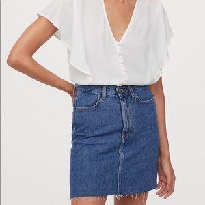 H&M Raw Hem Short Jean Skirt Medium Blue Size 14